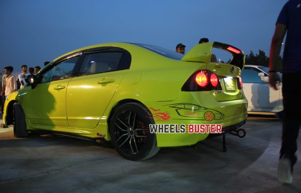 honda civic yellow wrapped