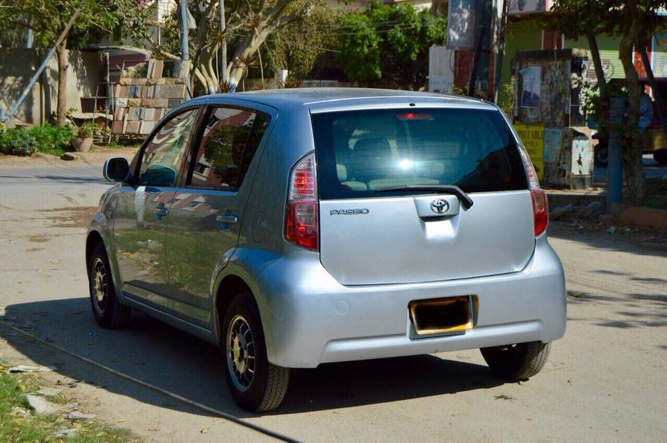 toyota passo Suitable Cars for Women in Pakistan